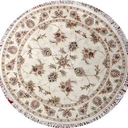 Nain round 4ft rug with floral pattern from China