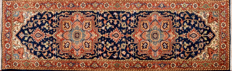 "Serapi runner 2' 6"" by 7' 11"" rug with medallion pattern from India - Navy Blue & Rust"