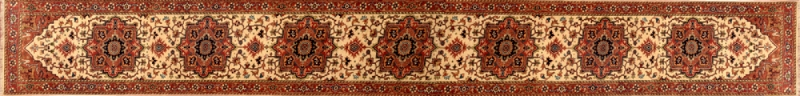 "Serapi runner 2' 6"" by 20' 0"" rug with medallion pattern from India - Beige & Rust - Long"