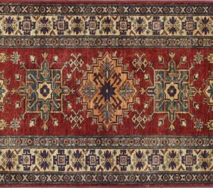 "Kazak runner 2' 8"" by 8' 1"" rug with geometric pattern from Pakistan - Red & Ivory"