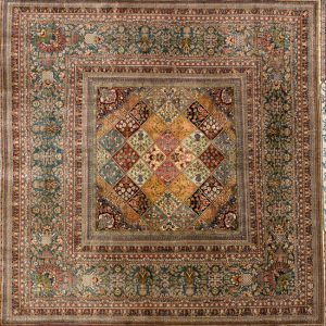 "Hereke square 6' 7"" by 6' 7"" rug with all-over pattern from Turkey - Silk"